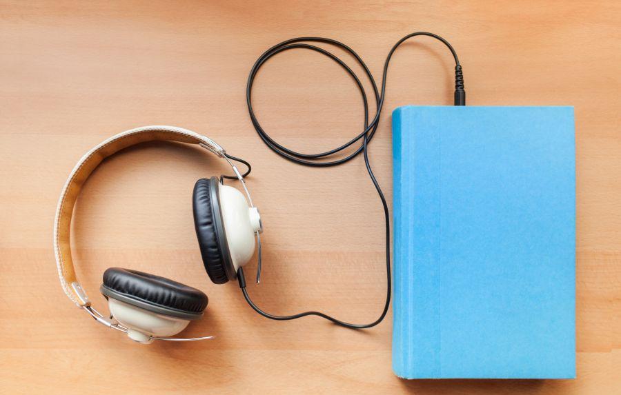 audio-books-56a324b93df78cf7727c00f5